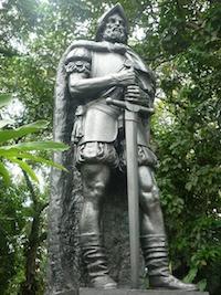 conquistador-statue